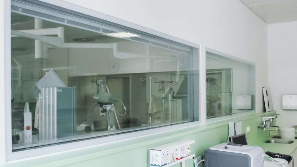 Innenfenster mit Sichtschutzjalousie